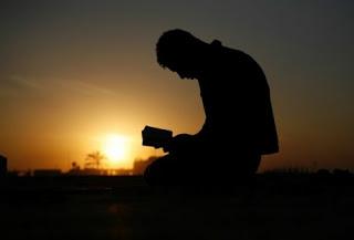 menangislah.. jika tidak bisa, maka paksalah agar menangis..